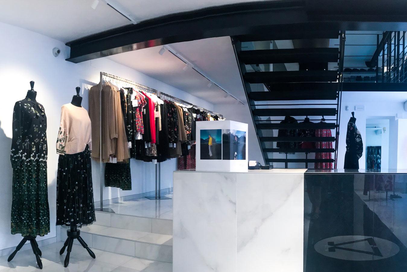 02-Zanotti-Boutique-2018-alta-moda-brand